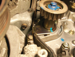 this simple retainer will ensure that the balance shaft seal stays in place.